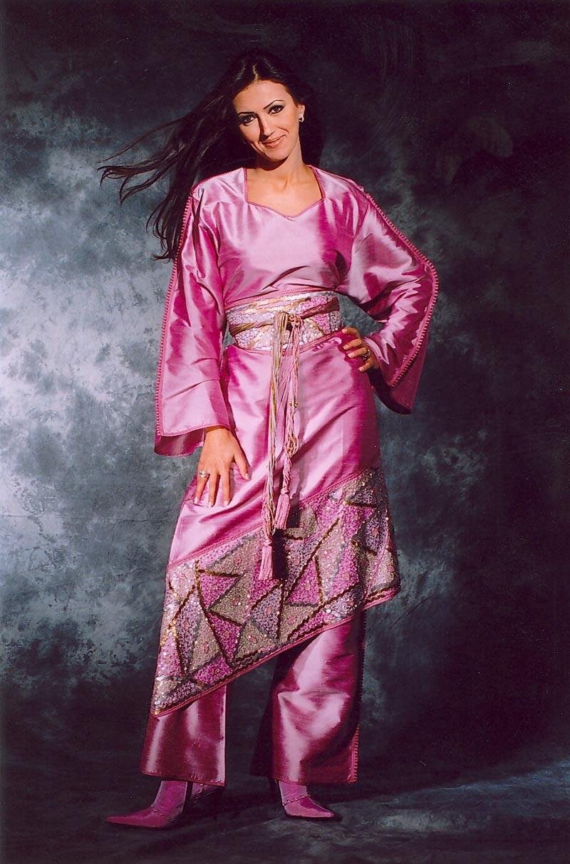 بالصور ازياء تقليدية جزائرية فيس بوك , موديلات رائعه , شوف الجمال والاستيل الرقيق 219 3