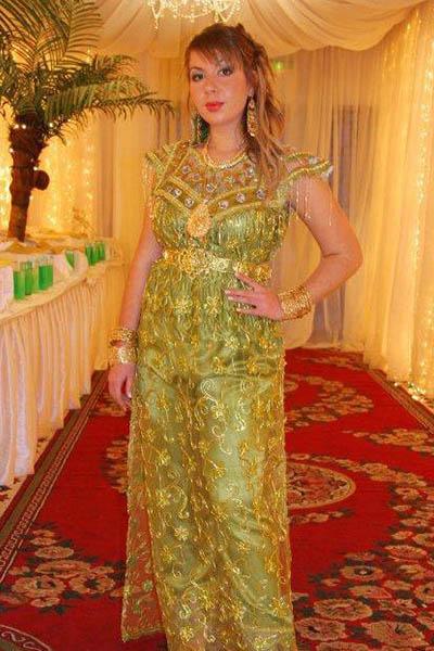 بالصور ازياء تقليدية جزائرية فيس بوك , موديلات رائعه , شوف الجمال والاستيل الرقيق 219 5