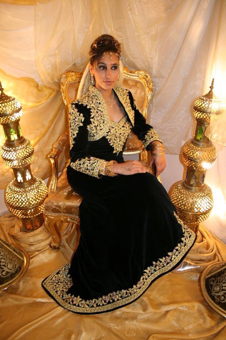 صور ازياء تقليدية جزائرية فيس بوك , موديلات رائعه , شوف الجمال والاستيل الرقيق