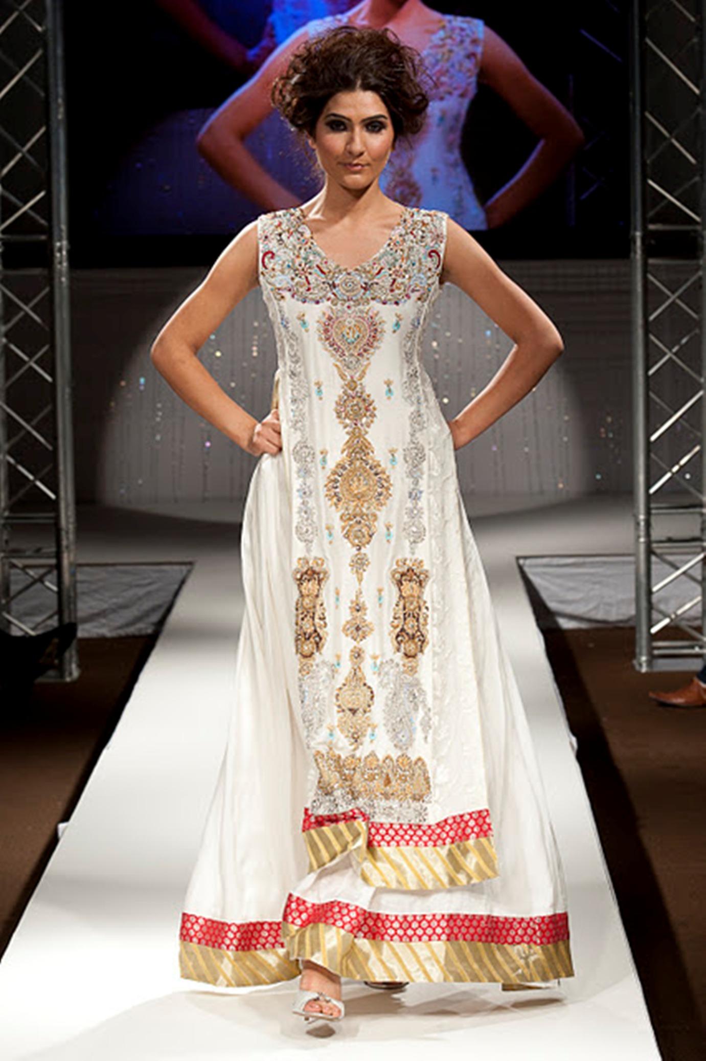 بالصور فساتين اعراس هندي , اجمل فستان هندى 247 1
