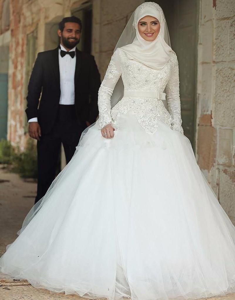 بالصور محلات فساتين زفاف فيس بوك , ليله العمر احلي بيكي 306 3