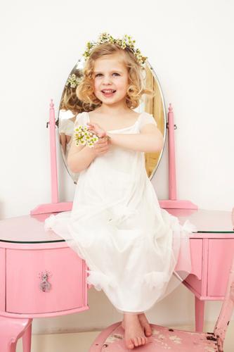 بالصور فساتين بنات صغار تجنن , روعة من الجمال الخرافة 312 3
