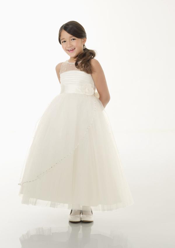 بالصور فساتين اعراس للبنات الصغار , ازياء زفاف للصبايا 313 4