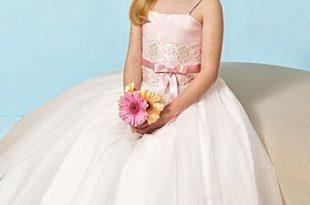 بالصور فساتين اعراس للبنات الصغار , ازياء زفاف للصبايا 313 9 310x205