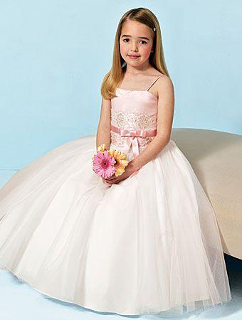 بالصور فساتين اعراس للبنات الصغار , ازياء زفاف للصبايا 313