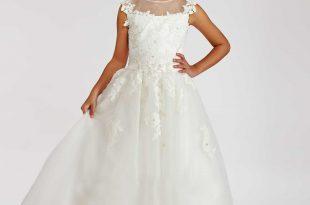 بالصور فساتين للاعراس اطفال , لاحلي البنات العرايس 379 9 310x205