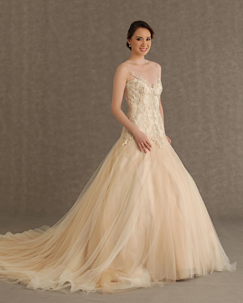 بالصور فساتين زفاف فخمه 2019 احدث فساتين فخمه للعروس 2019 , فرحتك هتكمل معانا يا موزة 383 3