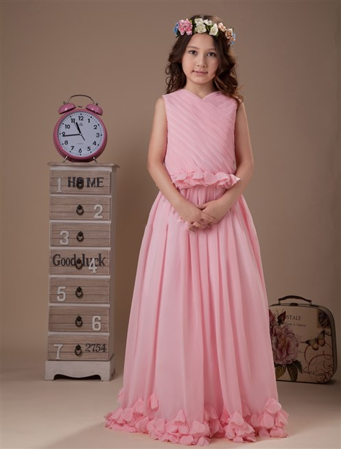 بالصور فساتين بنوتات صغار , اجمل لبس للبنات , لبس الاطفال واجمل الازياء التى تتناسب معهم 450 6