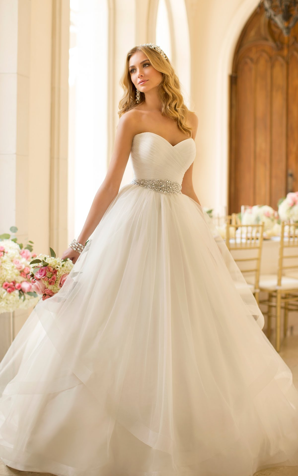 بالصور تصميمات فساتين زفاف 2019 , احدث وارق موديلات فستان الزواج 484 3