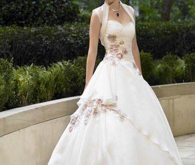 بالصور احدث فساتين الزفاف 2019 , اجمل وارق لبس الفرح 516 11 389x330