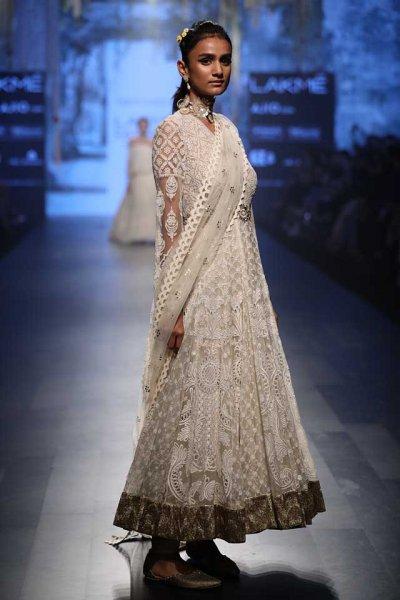 بالصور ازياء هندية روعة 2019 , ملابس هندي جميلة , يا خرابي علي الحلاوة 392 8