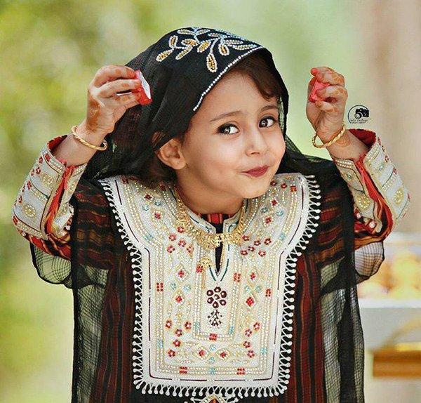 b9fa37872 ازياء عمانيه روعه , ملابس للاطفال , يا جماله علي شياكة الصغنن - فساتين