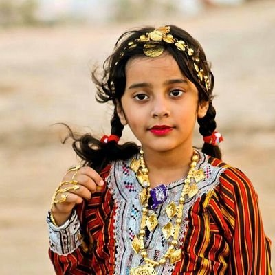 بالصور ازياء ظفارية للاطفال , ملابس عمانية , طفولة جميلة ولذيذة 418 3