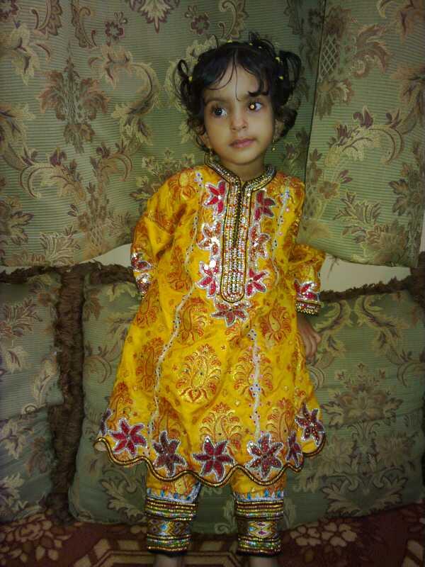 بالصور ازياء ظفارية للاطفال , ملابس عمانية , طفولة جميلة ولذيذة 418 8