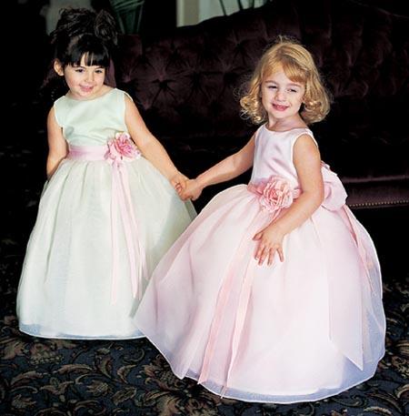 بالصور فساتين بنات صغار للحفلات , ملابس اطفال سهرات 468 2