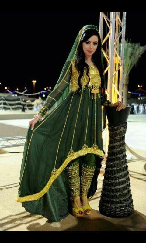 بالصور ازياء تقليديه جديده , قلبي يا ناس علي الطعامه 473 1