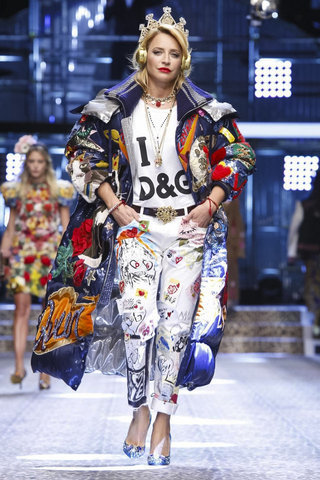 صورة ازياء و موضة شتاء 2019 , ملابس شتويه للشباب , موسوعة تجنن علي اخر موضة
