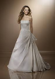 صوره فساتين عرايس حلوه وناعمه , فستان ليلة العمر والعرس
