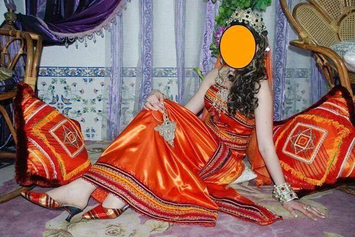 صورة فساتين قبائلية للاعراس , ازياء سهره غير اعتياديه