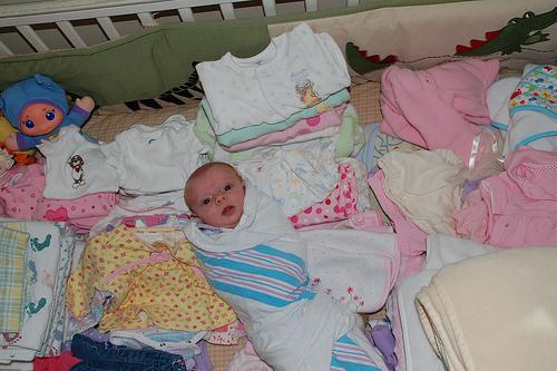 بالصور ملابس بيبي حديث الولادة اولاد , ما هي تجهيزات البيبي , طفولة جميلة ومميزة 30