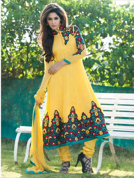 بالصور ازياء فساتين هندية 2019 , ملابس هندي جميلة , اطلاله ليس لها مثيل 36 8